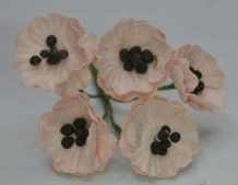 PALE PINK POPPY / PAPAVER (1.8 cm) Mulberry Paper Flowers